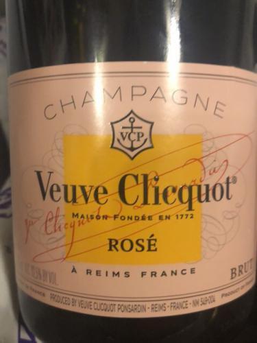 Veuve Clicquot - Brut Rosé Champagne - N.V.